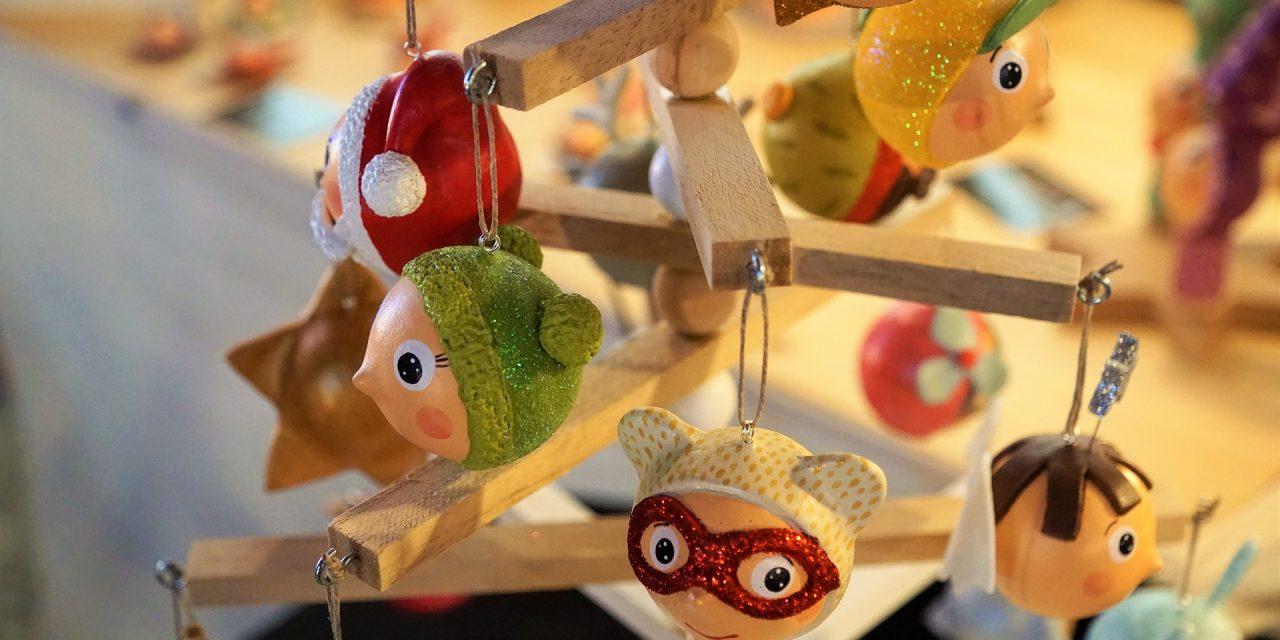 Noël … cette période où il existe des milliers d'idées d'activités à faire avec les enfants.